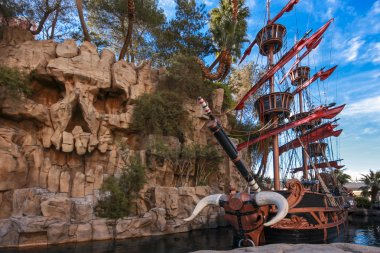 Pirate ship at pond near Treasure Island hotel in Las Vegas