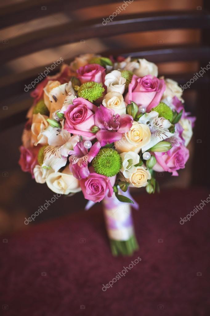 Schone Hochzeit Blumenstrauss Stockfoto C Armina Udovenko 29906411