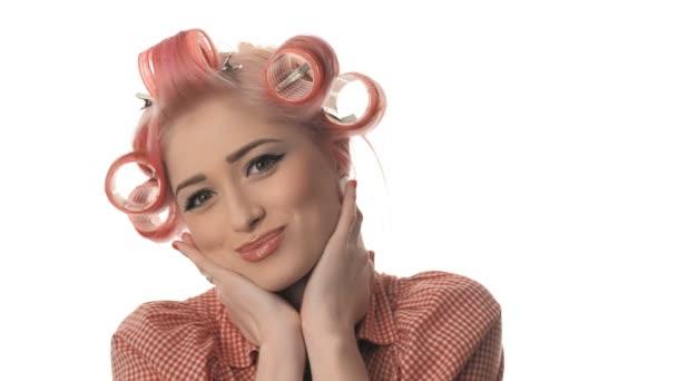 krása žena portrét pin-up Girl krásné, čisté kůže izolovaných na bílém pozadí