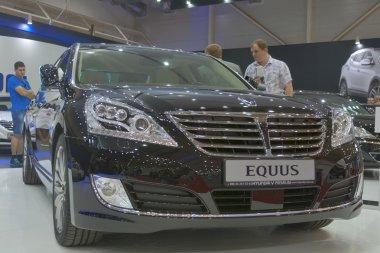 Hyundai Equus car model presentation