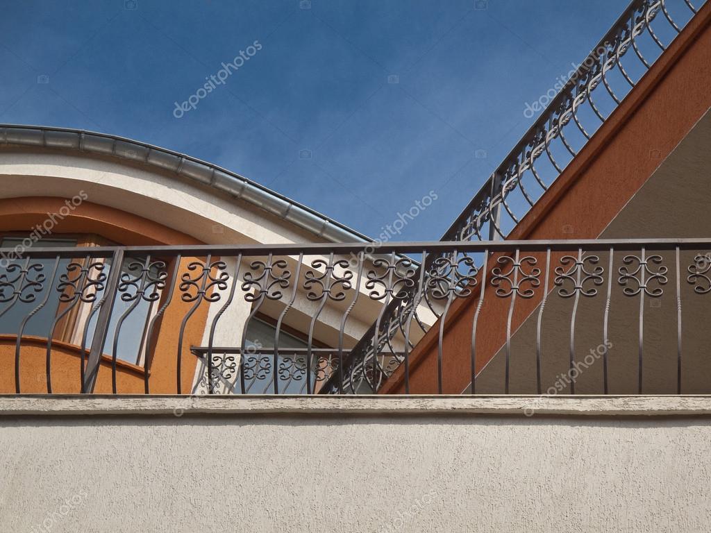 Balcons Avec Garde Corps En Fer Forge Photographie Dimitarmitev