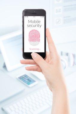 Mobile security smartphone fingerprint scanning