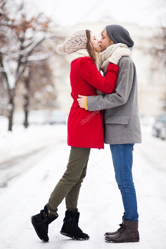 hiver dating