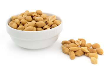 bowl of shelled peanuts