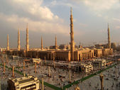 Fotografie Nabawi Mosque, Medina, Saudi Arabia in the evening.