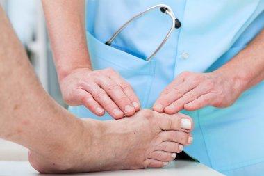 Orthopaedist at work