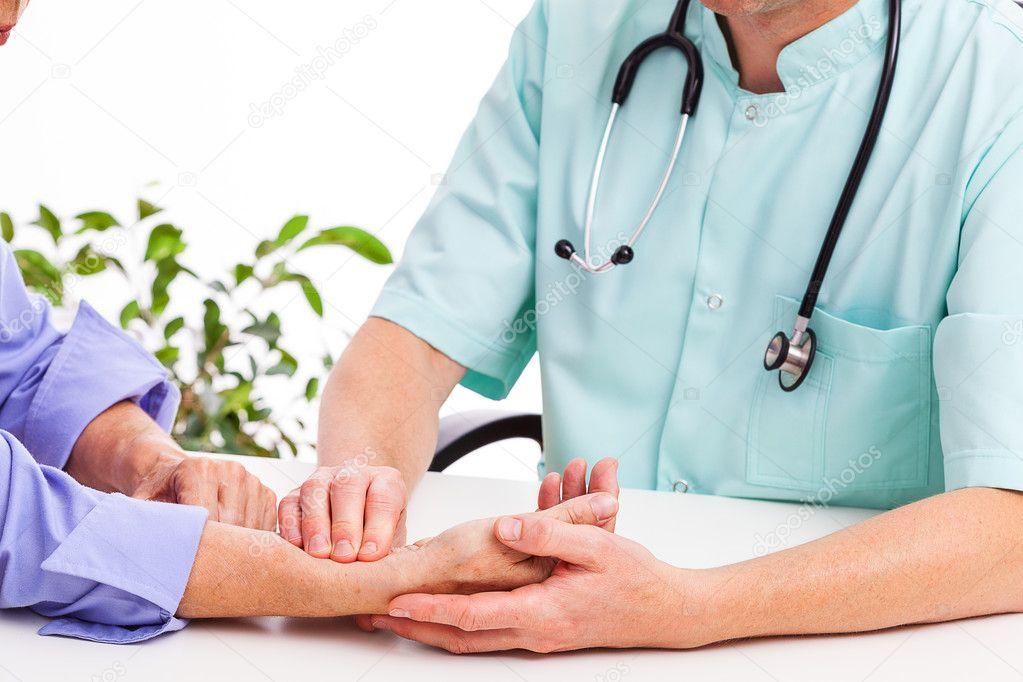 Kantoor Van Joint : Het nemen van bloedstalen van een patiënt op het kantoor van de