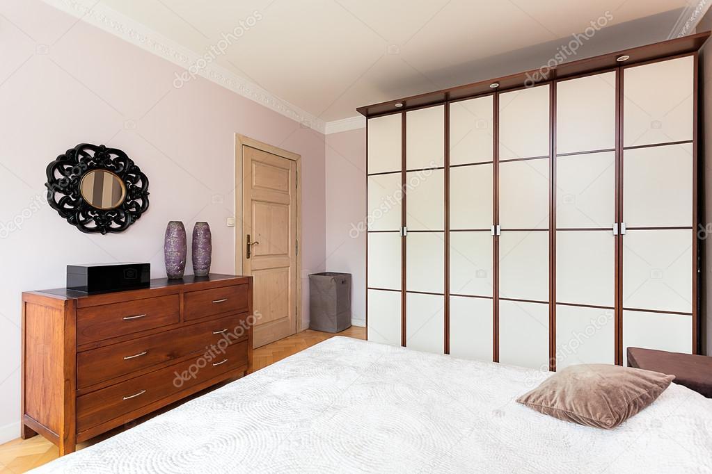 Scheidingswand Voor Slaapkamer : Vintage herenhuis scheidingswand u2014 stockfoto © photographee.eu
