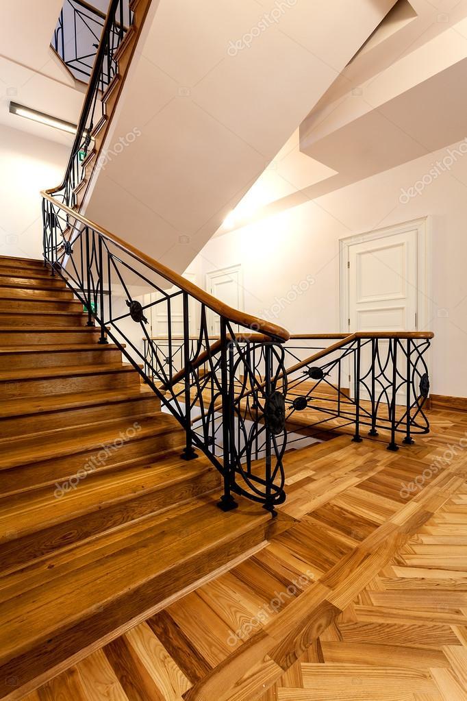 Klassische Treppen klassische treppen stockfoto photographee eu 31660843