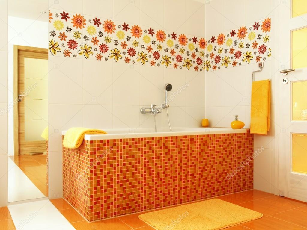 Bagno moderno in colore arancione foto stock 36751435 - Bagno moderno colorato ...