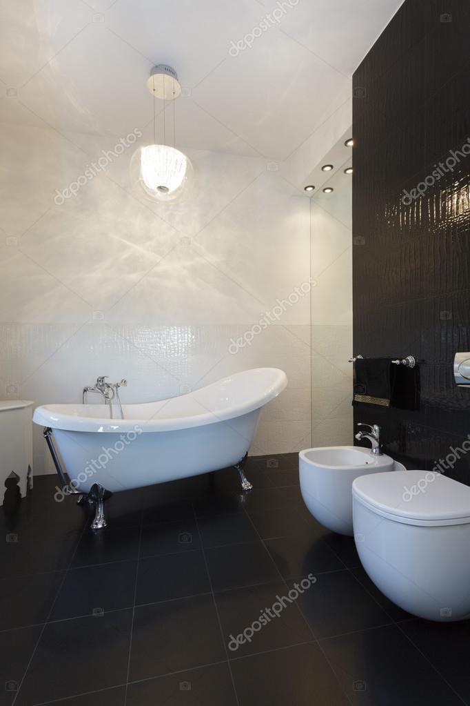lebendige Hütte - klassische Badezimmer — Stockfoto © photographee ...