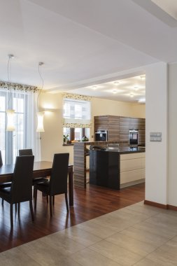Grand design - Dining room and kitchen