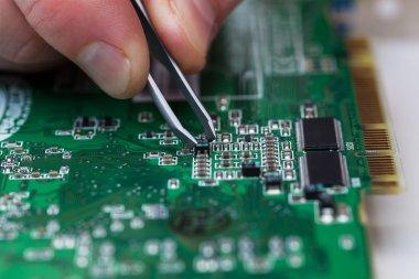 microchip fixing