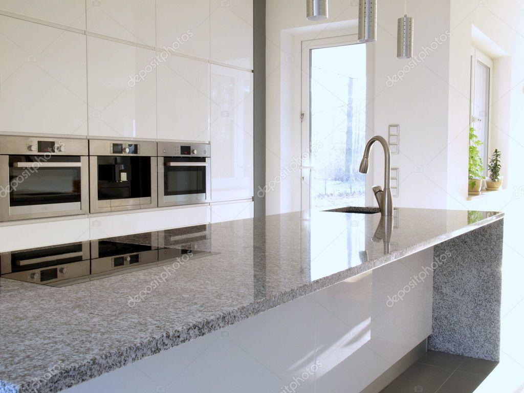 Bancada De Granito Em Uma Cozinha Moderna Stock Photo