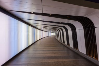 Pedestrian tunnel with integrated lightwall opens at Kings Cross