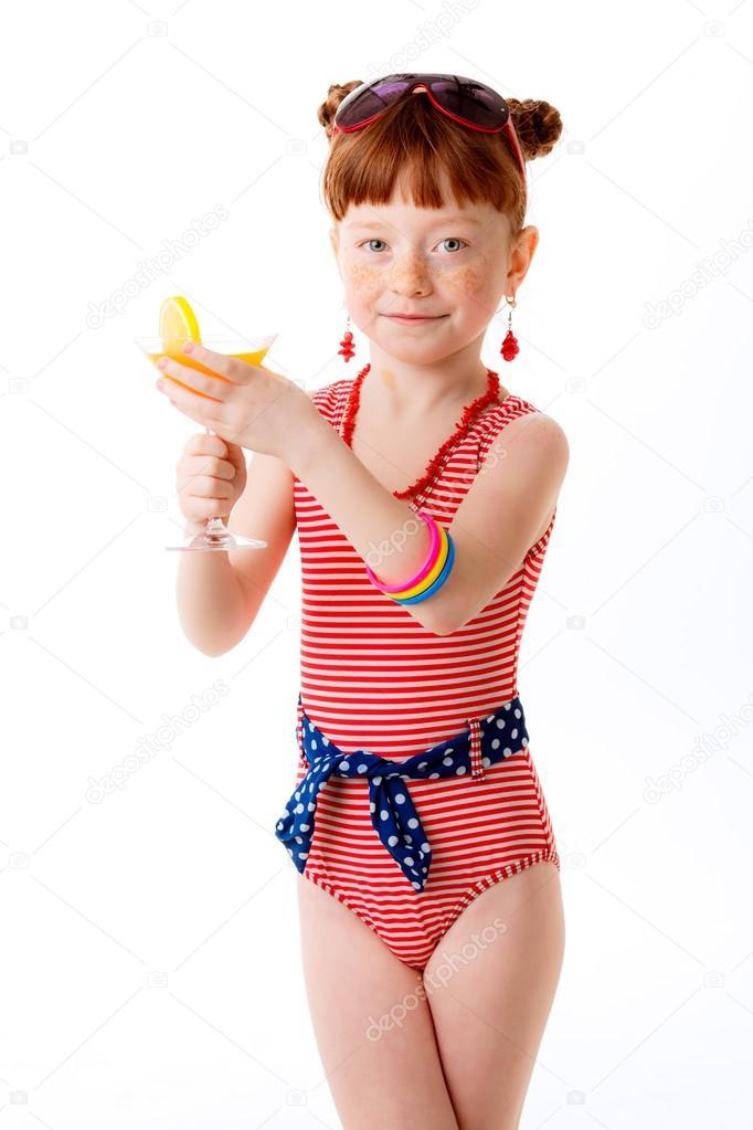 порно транс ебет маленькую девочку