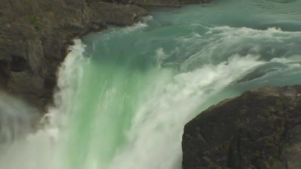 vodopád v Patagonii