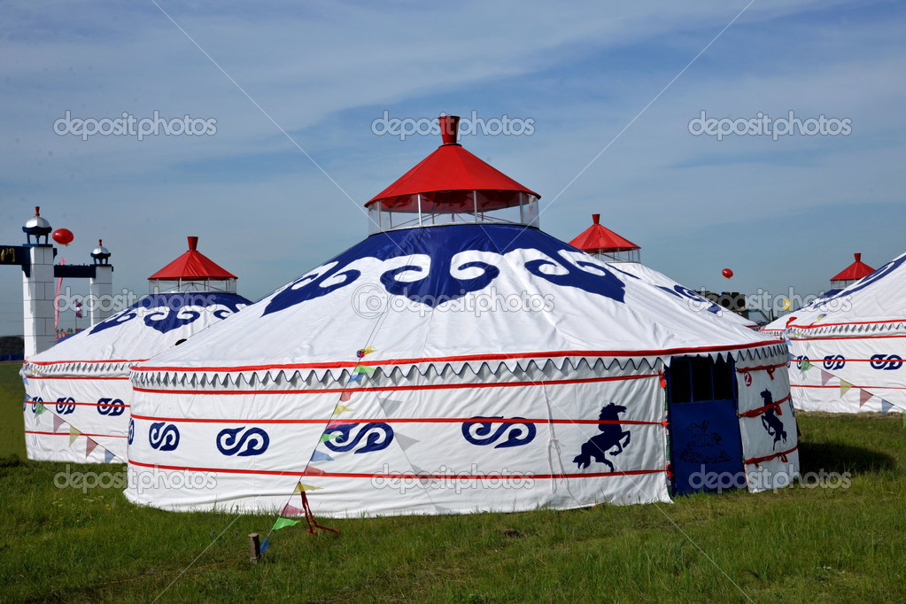 Inner Mongolia Hulunbeier grassland participate CHENBAERHUQI Naadam Mongolian herders will