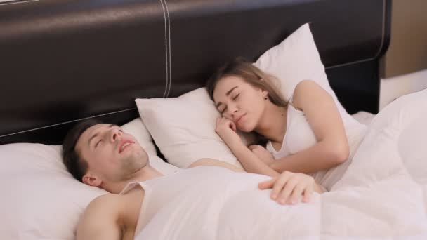 Guy snores and annoys his girlfriend