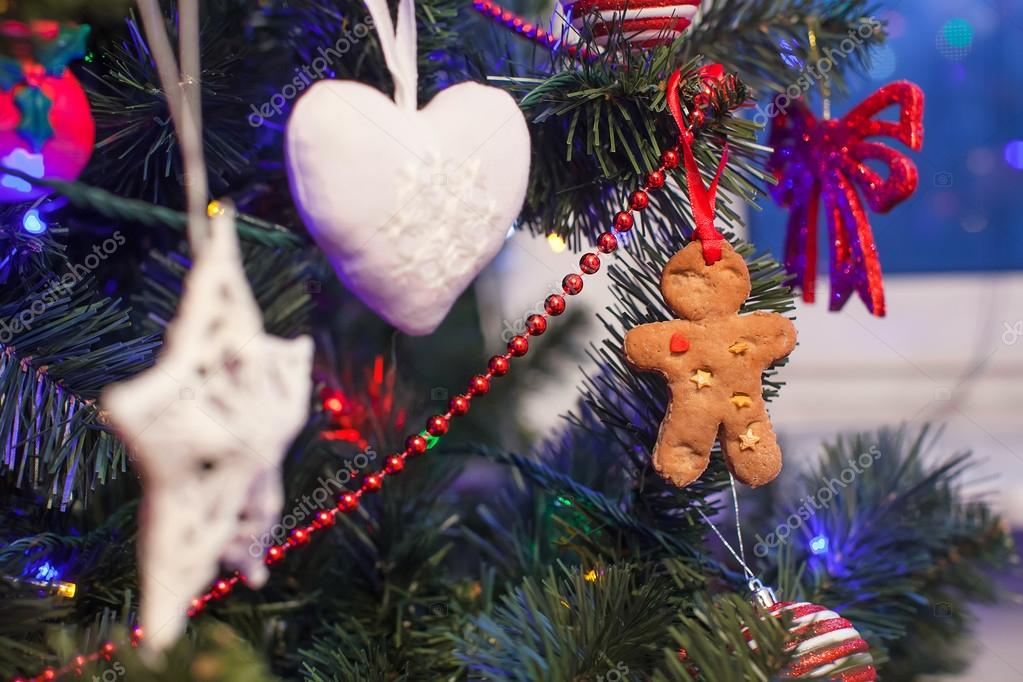 Gingerbread man in the christmas tree