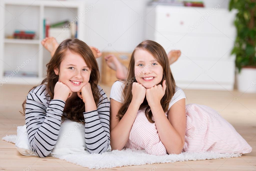фото очень молодых девочек