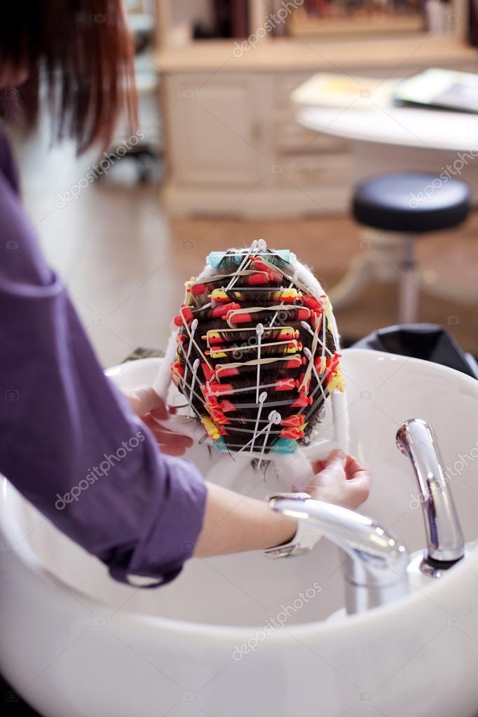 Friseur Dauerwelle