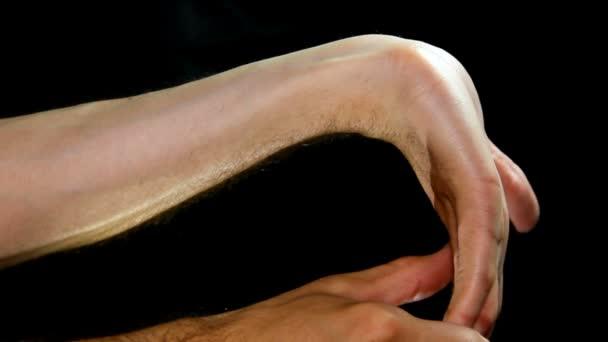 protahovací cvičení syndrom karpálního tunelu