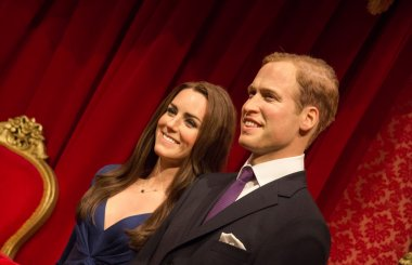 The statue of Prince William and Catherine Middleton