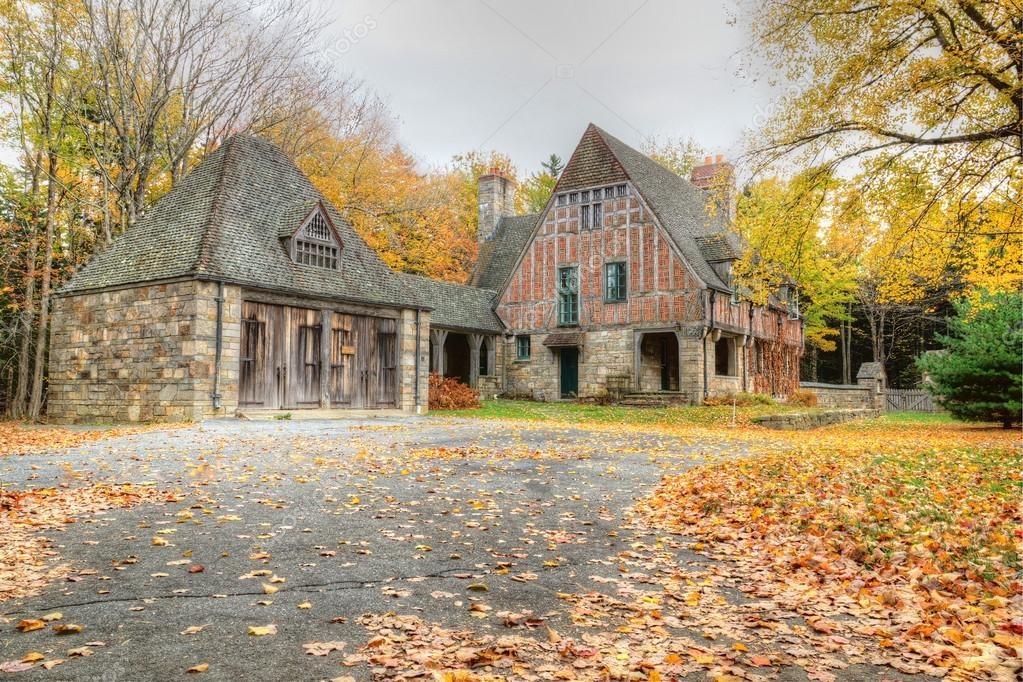 Old horse and carriage house in Acadia National Park