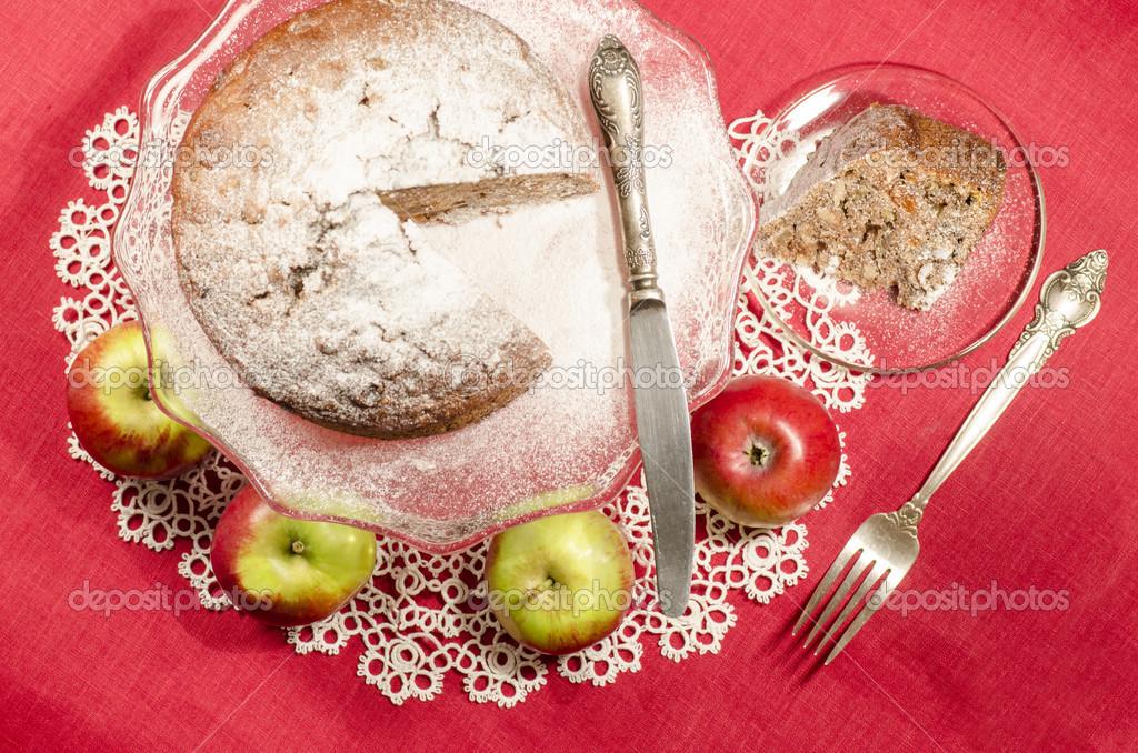 Apfelmus Rosinen-rum-Kuchen für Weihnachten-Tabelle — Stockfoto ...