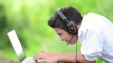Teenager-Telefon-Chat