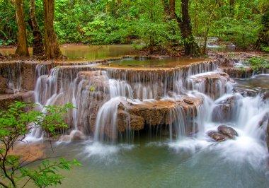 "Картина, постер, плакат, фотообои ""водопад в джунглях глубоких дождевых лесов (huay mae kamin waterfall постеры плакаты"", артикул 34113913"