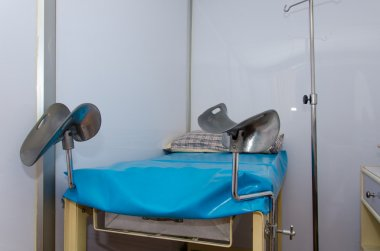 bed for gynecologist cabinet