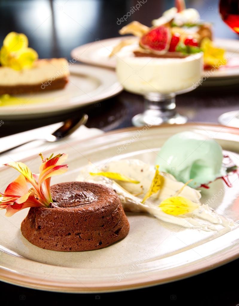 lava taart gesmolten lava taart — Stockfoto © steauarosie #36279401 lava taart