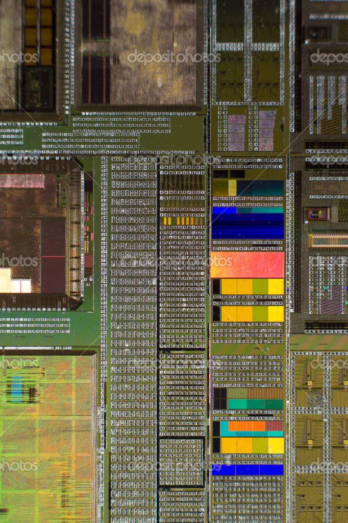 Öffnen Sie Computer-Chip mit gold Kabelverbindungen — Stockfoto ...