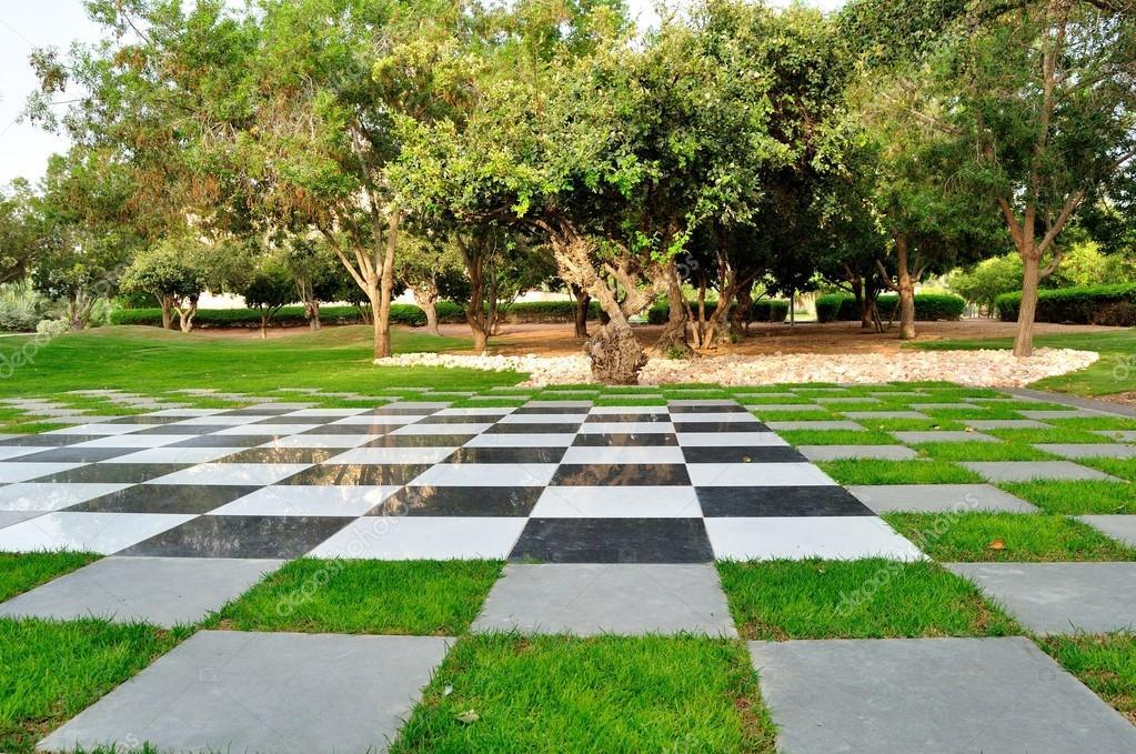 Alice in Wonderland, United Arab Emirates.