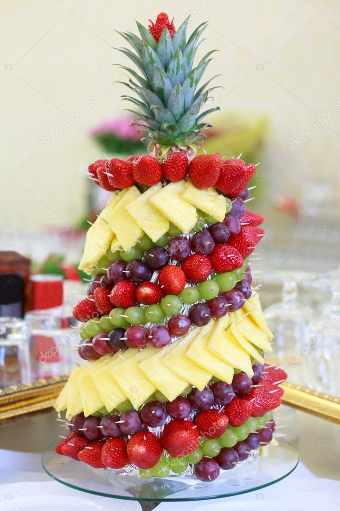 Noel Theme Fruit Decoration