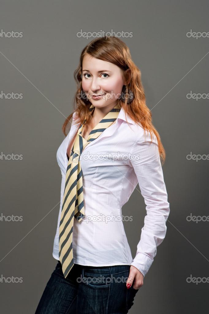 Femme En Cravate femme en cravate — photographie dimamorgan12 © #26766935