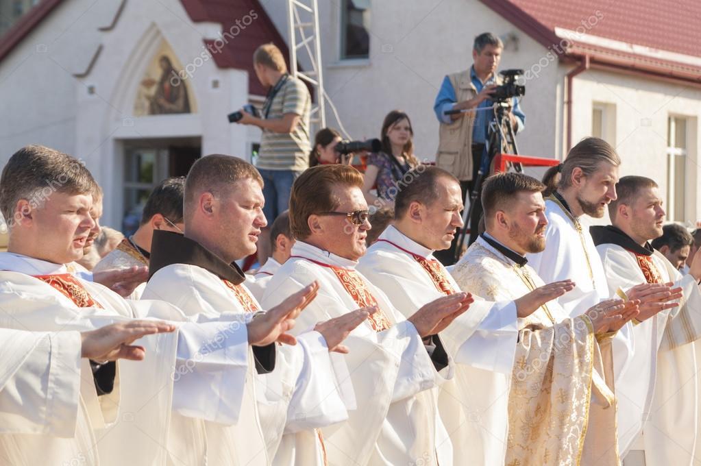 Минск знакомство католики