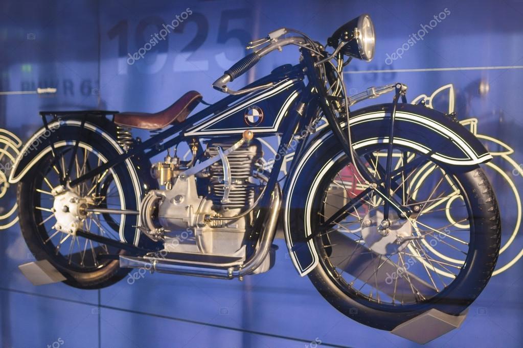 monaco di baviera-germania, 17 giugno: bmw moto pesante di r 66 da