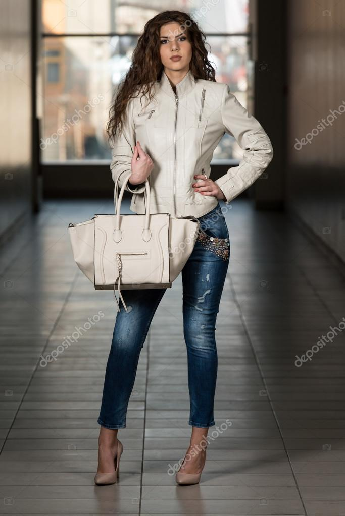 Chaqueta de cuero blanca mujer