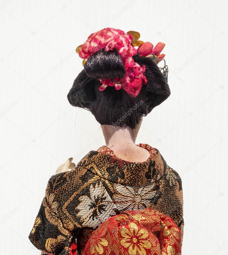 Geisha De Dos dos de la poupée traditionnelle japonaise de danse geisha avec whi