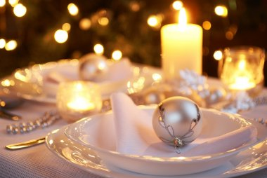 Table setting with Christmas decorations