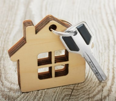 Key with wooden house