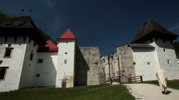 castello vecchio ristrutturato