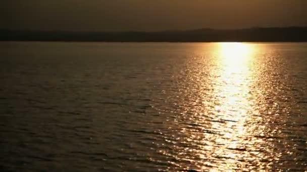 napnyugta megtekintése a Balatonon