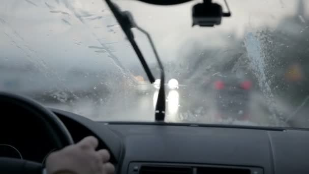stěrače čištění čelního skla sklo na deštivé svítání