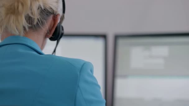 Operator at the office desk during her work