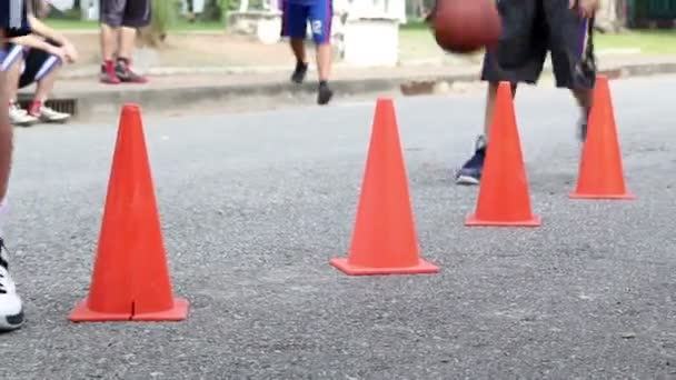 Coach training basic of basketball skill for children