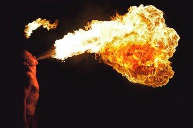 ateş gösterisi